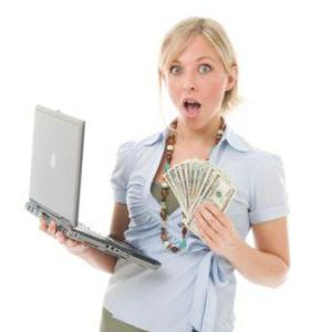 Woman_Laptop_Money
